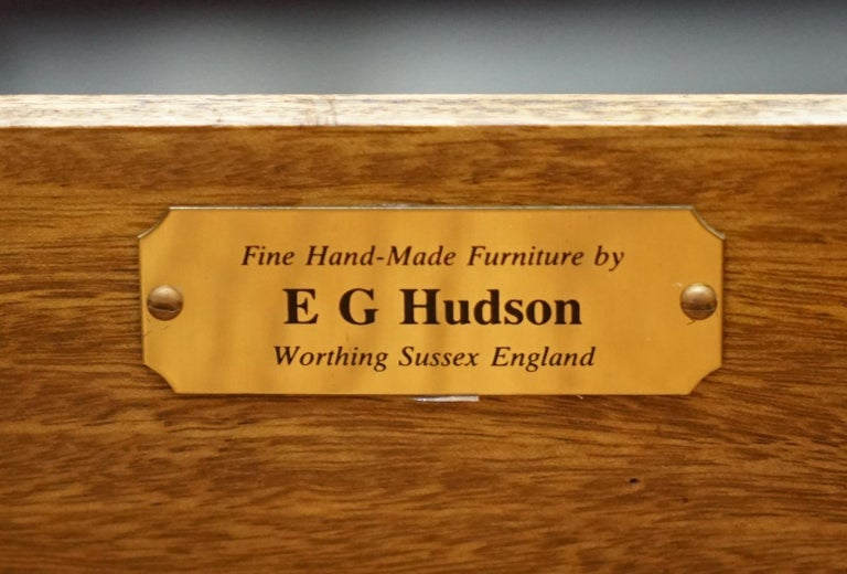 Made in England E.G Hudson Mahogany Leather Partner Desk Sliding Mouse Shelves For Sale 10