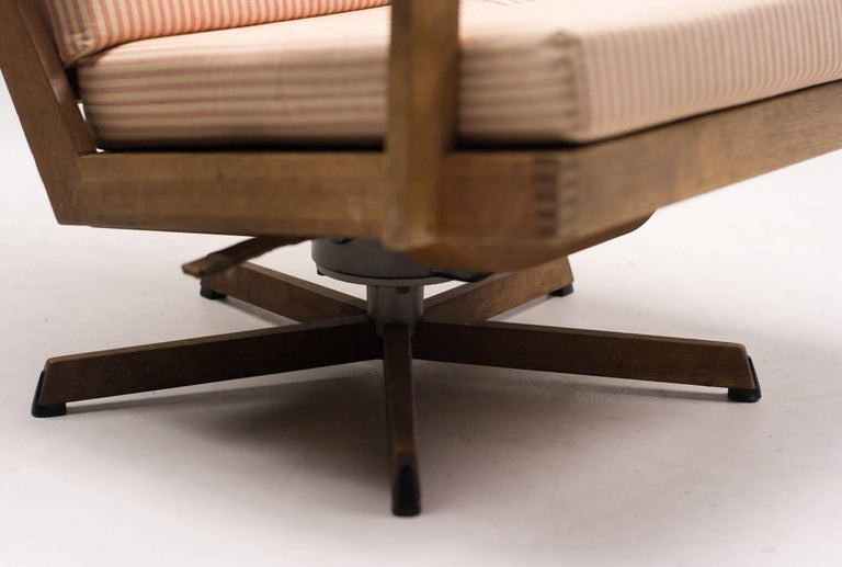 Madsen and Schubel Oak Lounge Chair In Good Condition For Sale In Dronten, NL