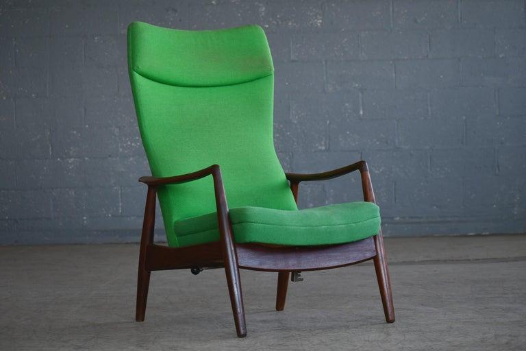 Mid-Century Modern Madsen & Schubell Reclining Teak Lounge Chair with Ottoman, Denmark, circa 1960 For Sale