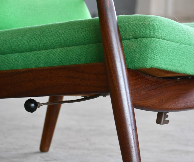 Madsen & Schubell Reclining Teak Lounge Chair with Ottoman, Denmark, circa 1960 In Good Condition For Sale In Bridgeport, CT