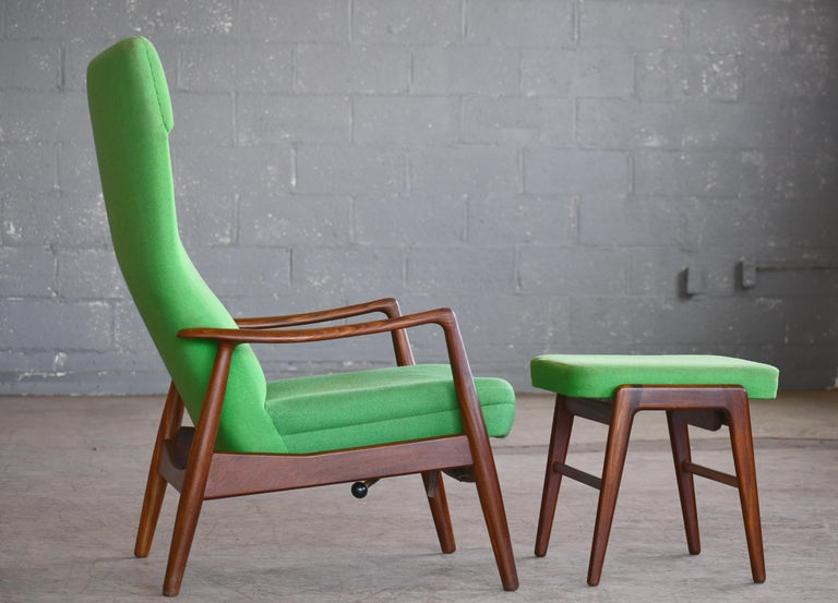 Mid-20th Century Madsen & Schubell Reclining Teak Lounge Chair with Ottoman, Denmark, circa 1960 For Sale