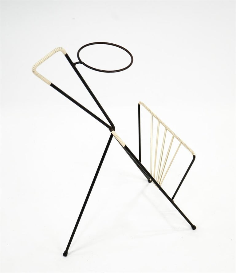 Magazine Rack Possibly Fredrick Weinberg In Good Condition For Sale In New York, NY