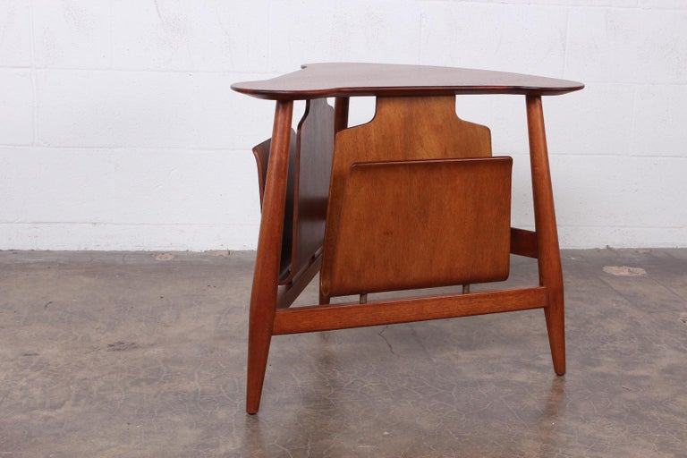 Magazine Table by Edward Wormley for Dunbar For Sale 1