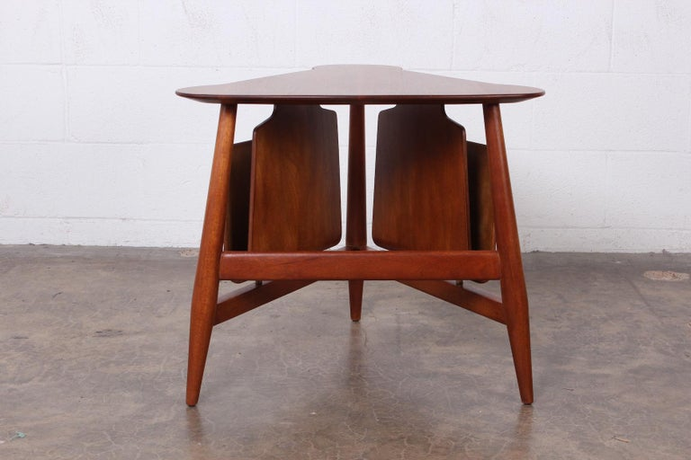 Magazine Table by Edward Wormley for Dunbar For Sale 4