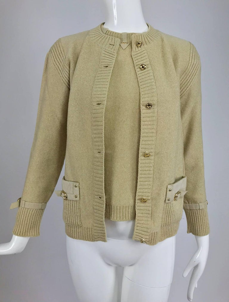 Magdeleine Poncet tan wool knit metal & ultra suede twin set 1970s For Sale 11