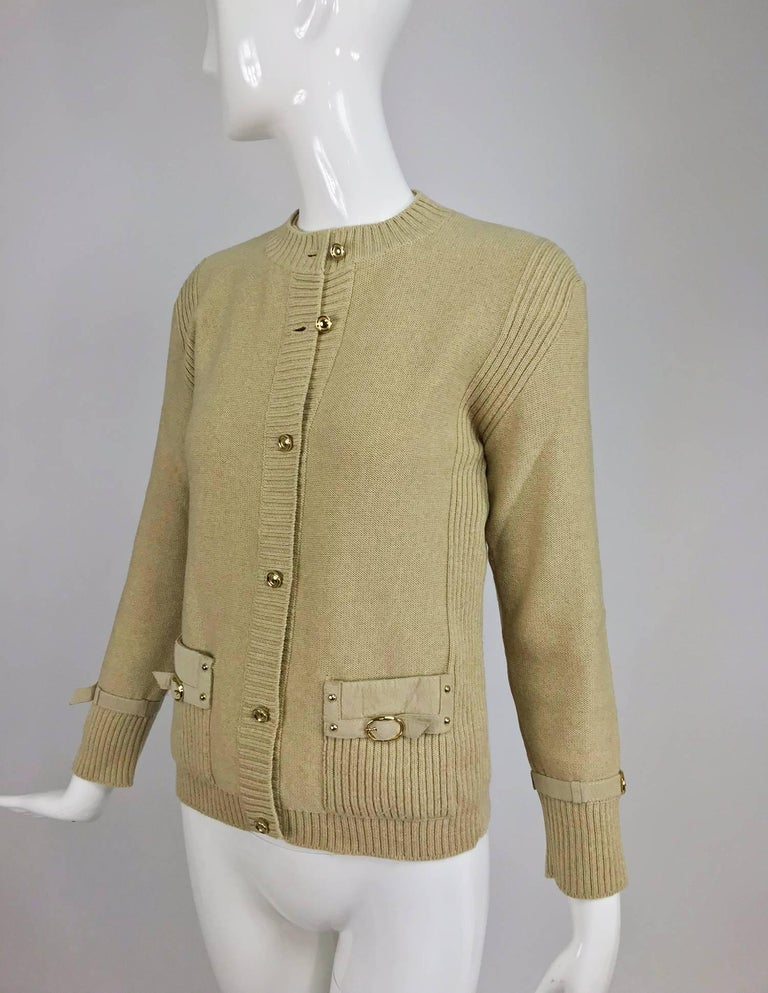 Magdeleine Poncet tan wool knit metal & ultra suede twin set 1970s For Sale 3