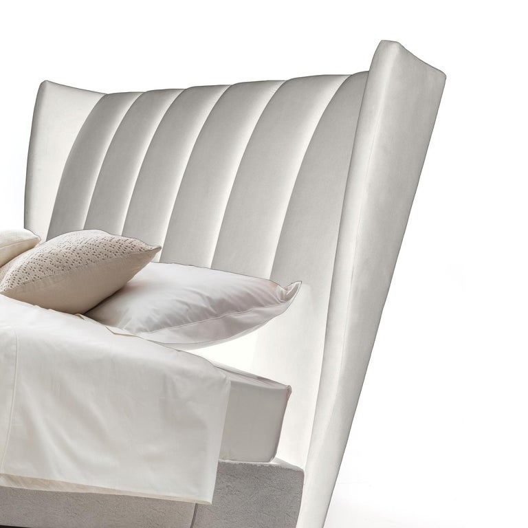 Modern White Magenta Bed by Luca Scacchetti, Made in Italy For Sale