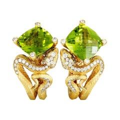 Magerit Mythology Snake Rombo 18k Gold Diamond, Sapphire and Peridot Earrings