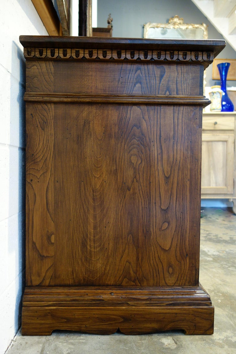 Hand-Crafted 18th Century Style Italian Old Chestnut 2 Doors Credenza for Vanity Sink Basin For Sale