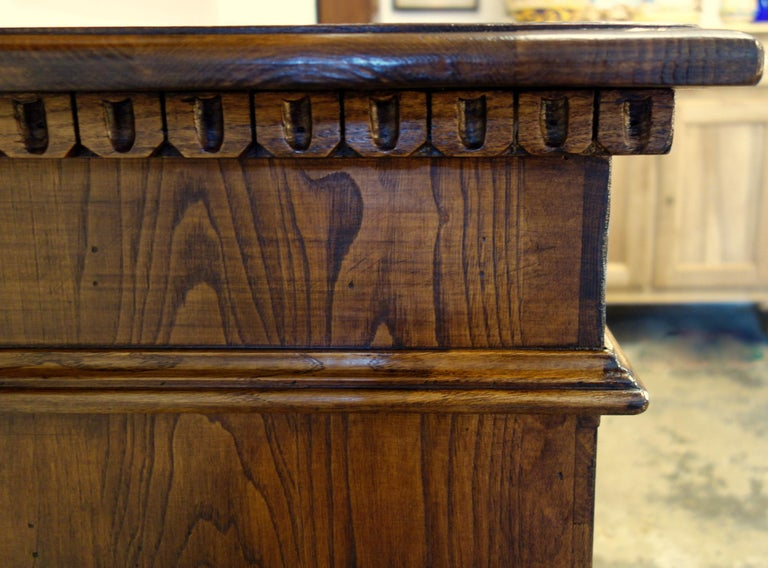18th Century Style Italian Old Chestnut 2 Doors Credenza for Vanity Sink Basin In Excellent Condition For Sale In Encinitas, CA