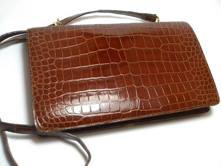 Magnific Vintage Crocodile Leather Bag / No Brand  For Sale 5