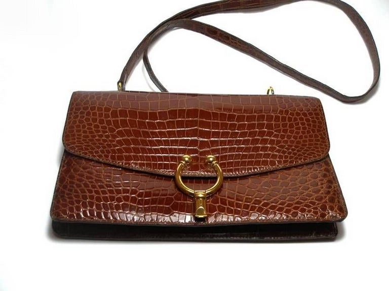 Magnific Vintage Crocodile Leather Bag / No Brand  In Good Condition For Sale In VERGT, FR