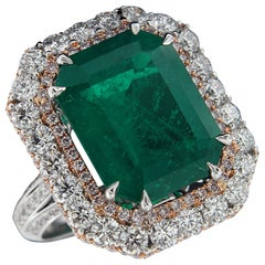 Magnificent 18 Karat White Gold and Pink Gold, Diamond and Emerald Ring