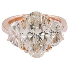 Magnificent 18k Rose Gold 6.73 Total Weight Diamond Ring
