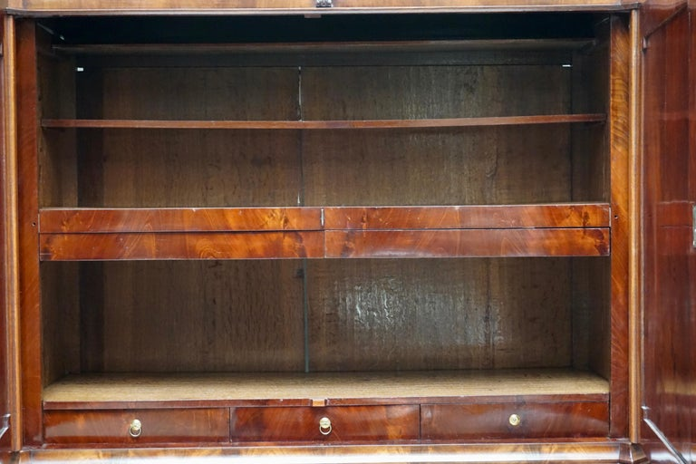 Magnificent 18th Century Mahogany Neoclassical Empire Dutch Cabinet For Sale 7