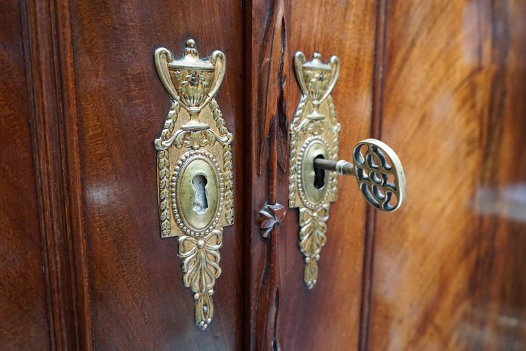 Magnificent 18th Century Mahogany Neoclassical Empire Dutch Cabinet For Sale 9