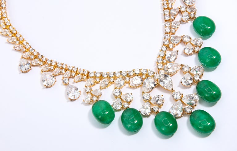 Glamor 1950s Style CZ Faux Cabochon Emerald Drop Necklace In New Condition For Sale In New York, NY