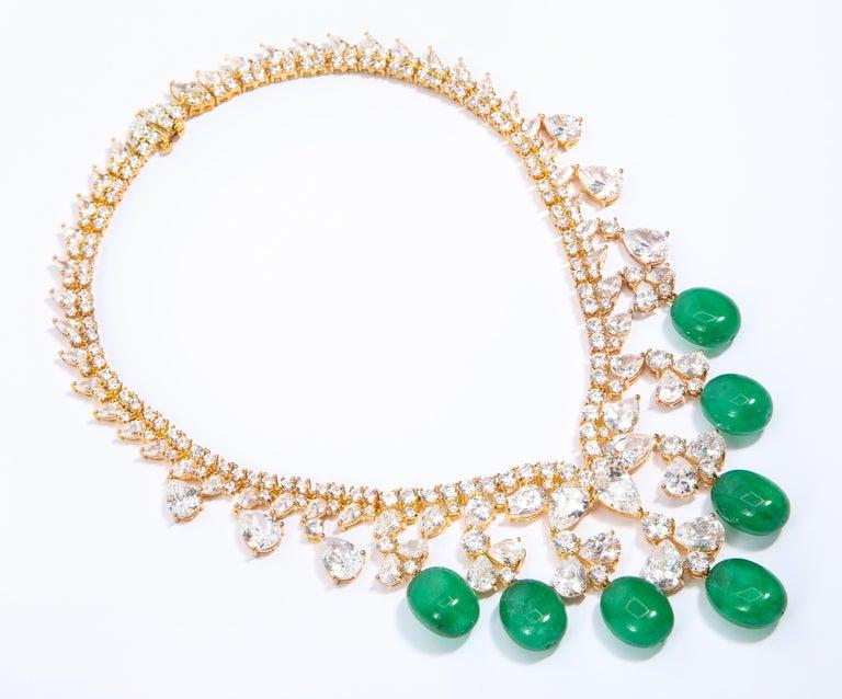 Women's Glamor 1950s Style CZ Faux Cabochon Emerald Drop Necklace For Sale