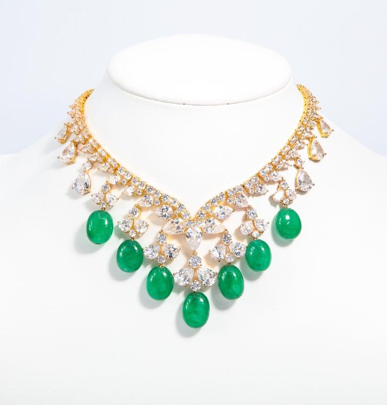 Glamor 1950s Style CZ Faux Cabochon Emerald Drop Necklace For Sale 2