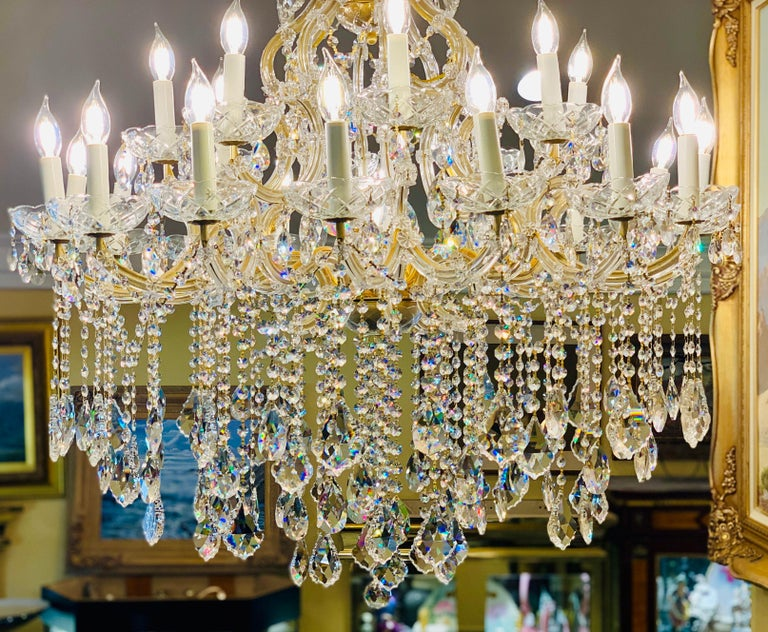 Gilt Magnificent 25-Light Maria Theresa Swarovski Crystal Olde World Gold Chandelier For Sale