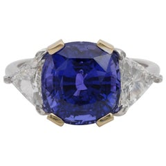 Magnificent 7.33 Ct No Heat Color Change certified Sapphire 1.30 Ct Diamond Ring
