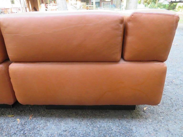 Magnificent 9-Piece Harvey Probber Caramel Brown Leather 'Cubo' Sectional Sofa For Sale 2