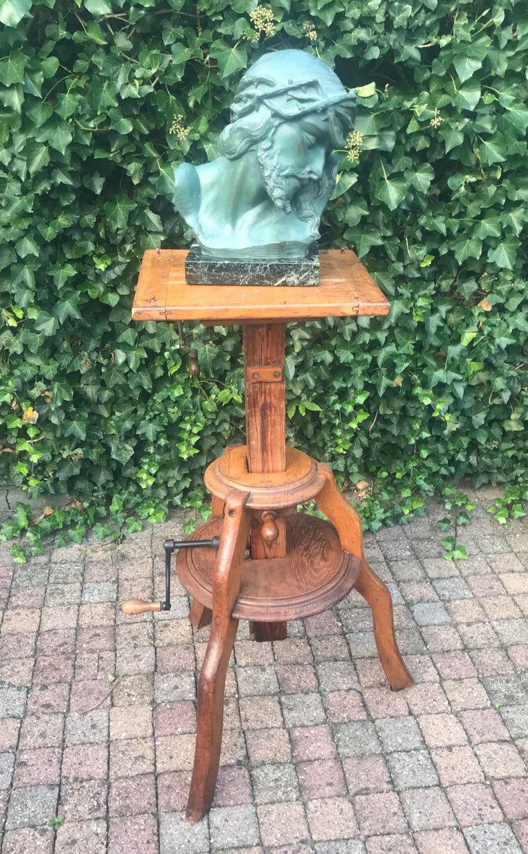 European Magnificent & Adjustable Wooden Sculpture or Plant Stand, Column / Pillar Easel For Sale