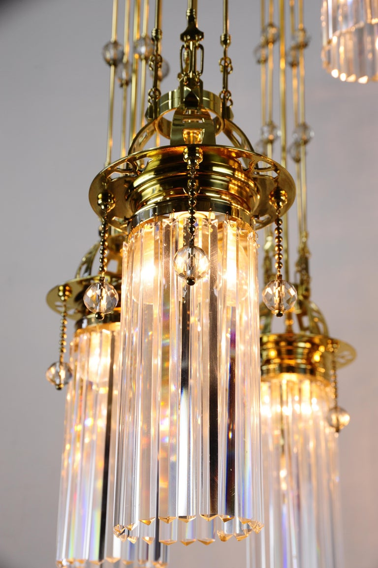 Magnificent and Huge Art Deco Chandelier Vienna, 1920s For Sale 9