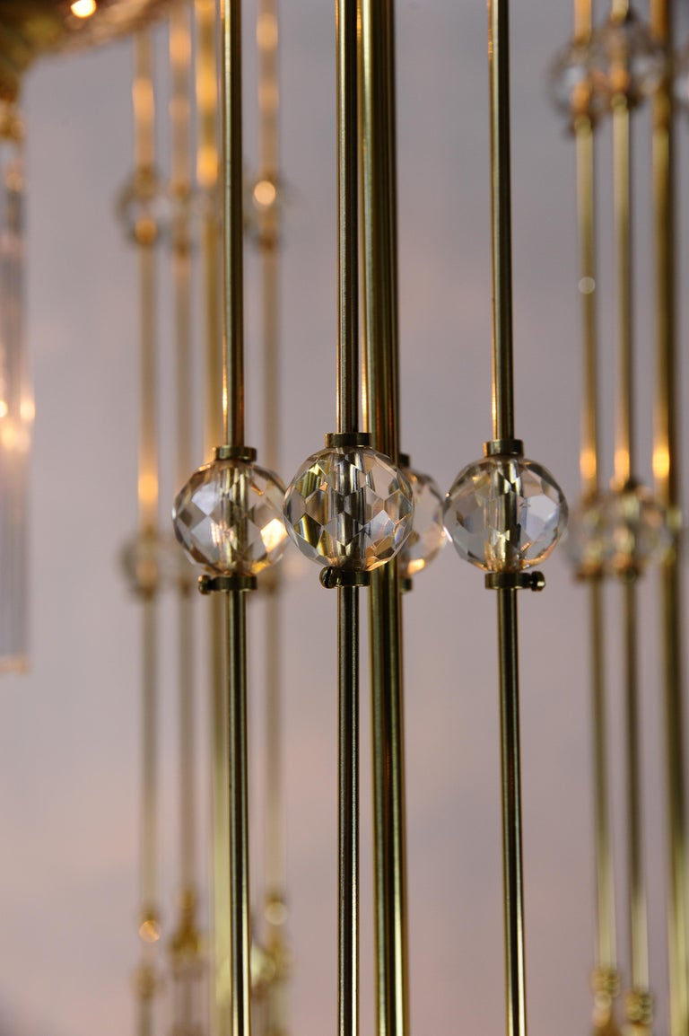Magnificent and Huge Art Deco Chandelier Vienna, 1920s For Sale 12