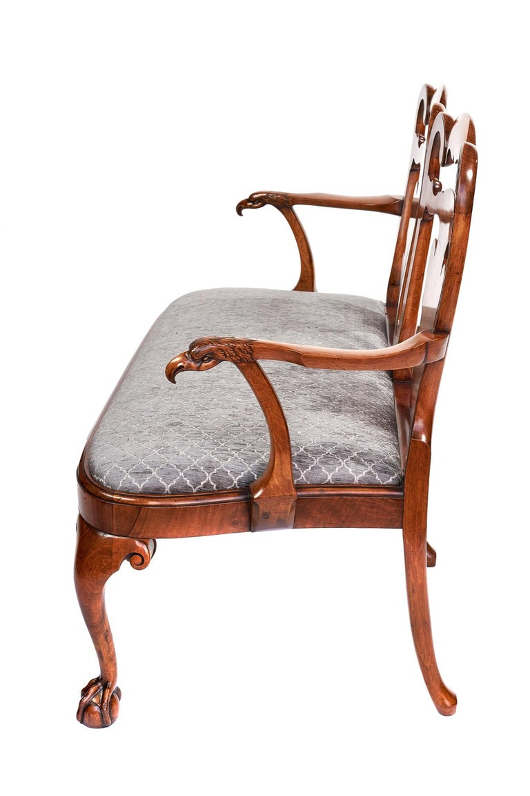 Magnificent Antique Georgian Revival Walnut Chair Back Sofa/Settee In Excellent Condition For Sale In Norwich, GB