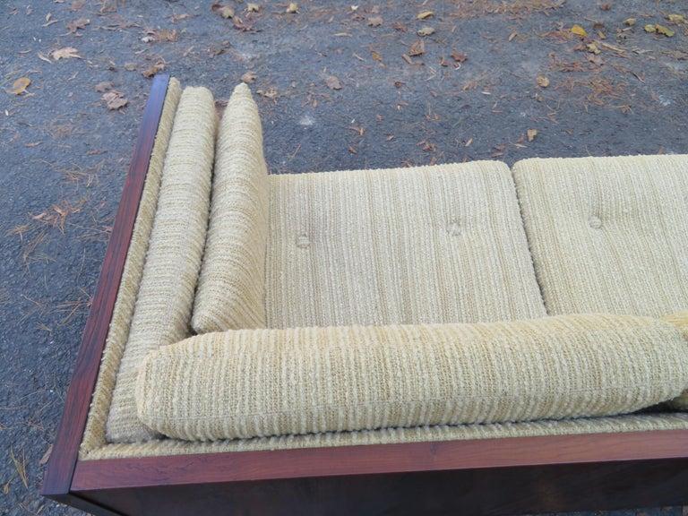 Magnificent Brazilian Rosewood Jydsk Mobelvaerk Case Sofa Danish modern For Sale 5