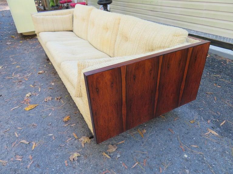 Scandinavian Modern Magnificent Brazilian Rosewood Jydsk Mobelvaerk Case Sofa Danish modern For Sale