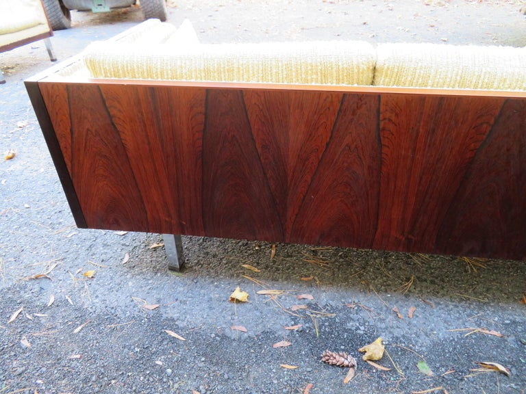 Magnificent Brazilian Rosewood Jydsk Mobelvaerk Case Sofa Danish modern For Sale 2