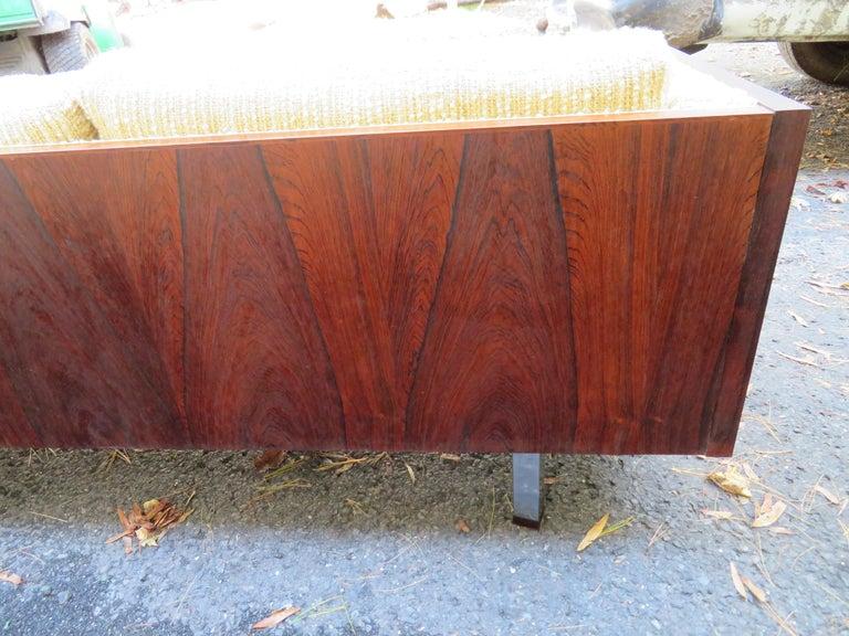 Magnificent Brazilian Rosewood Jydsk Mobelvaerk Case Sofa Danish modern For Sale 3