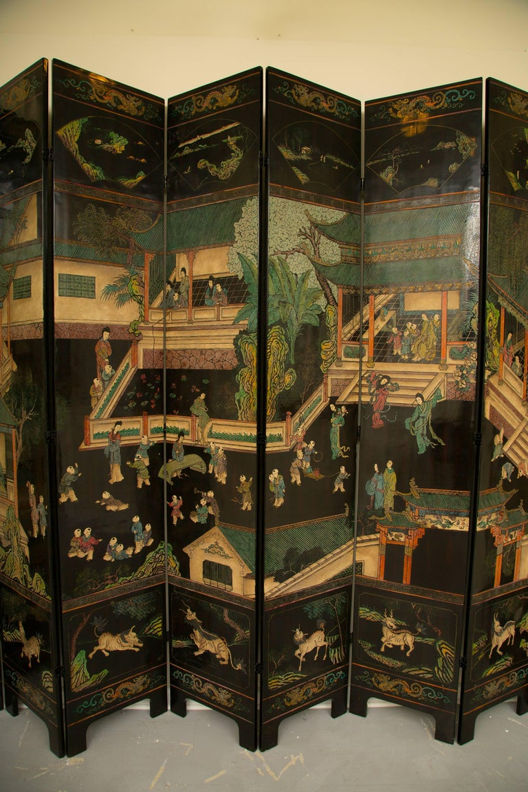 Magnificent Chinese 12-Panel Coromandel Screen For Sale 5