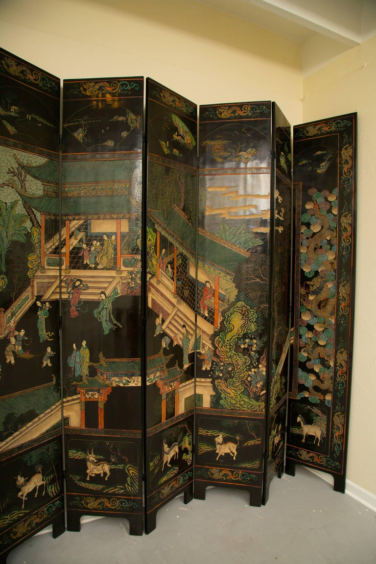 Magnificent Chinese 12-Panel Coromandel Screen For Sale 6
