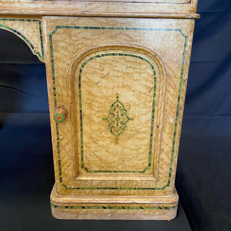 Magnificent English 19th Century Faux Painted Marbleized Pedestal Writing Desk In Good Condition For Sale In Hopewell, NJ