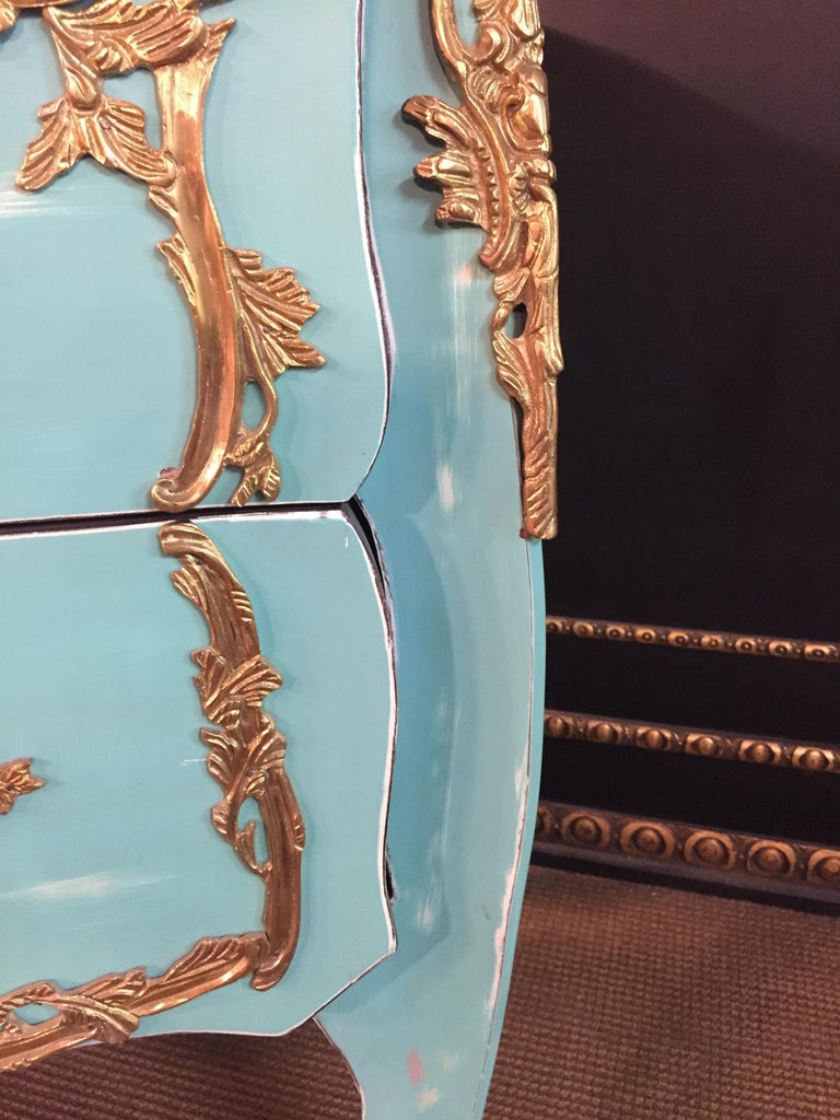 Magnificent French Chest of Drawers in Louis Quinze Style For Sale 7