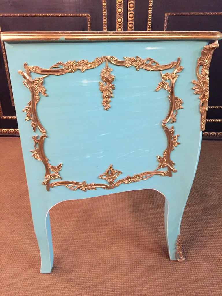 Magnificent French Chest of Drawers in Louis Quinze Style For Sale 9