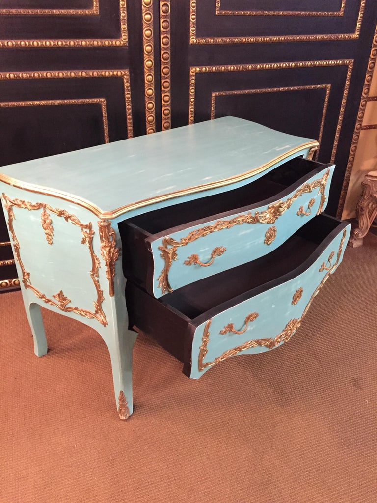 Magnificent French Chest of Drawers in Louis Quinze Style For Sale 2