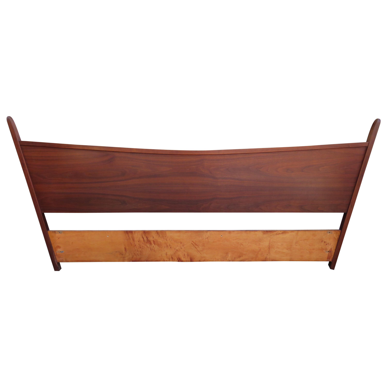 Magnificent George Nakashima Widdicomb Kingsize Headboard Bed Origins Collection