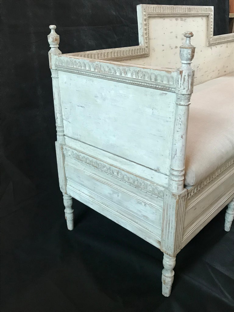 19th Century Magnificent Gustavian Carved Wood and Upholstered Settee Sofa For Sale
