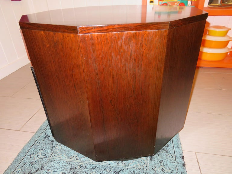 Magnificent Harvey Probber Rosewood Decagon Bar Table Mid-Century Modern For Sale 4