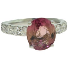 Magnificent Oval Pink Tourmaline 2.91 Carat and Diamond Ring