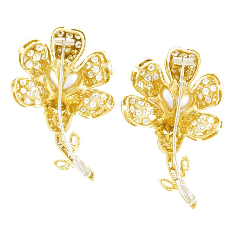 Magnificent Pair of Pearl and Diamond set Gold Flower Brooches For Sale 3