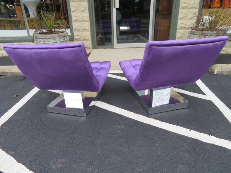 American Magnificent Pair of Restored Milo Baughman Chrome Cube Slipper Lounge Chairs For Sale