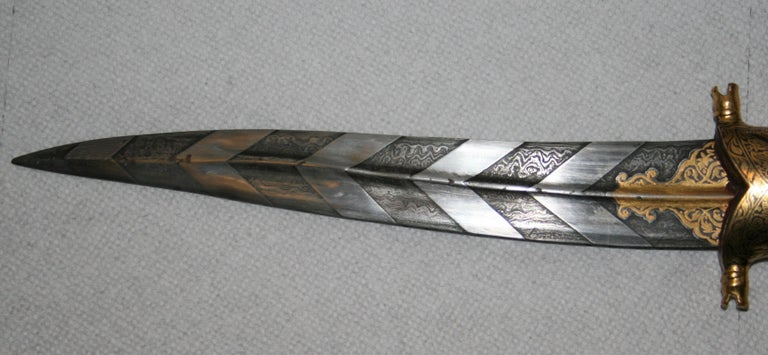 Magnificent Richly Decorated 1920s Damascened Rajput Dagger with Gold Work For Sale 1