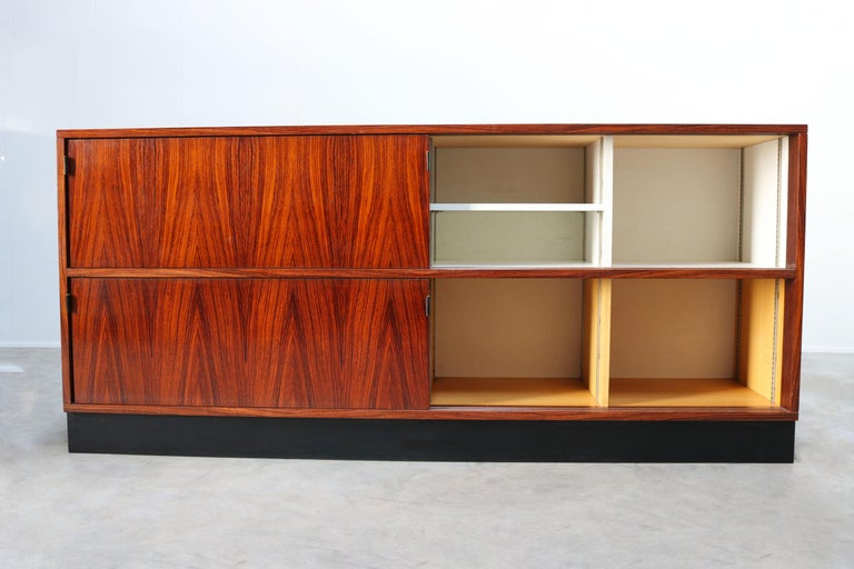 Magnificent Rosewood Sideboard by Florence Knoll for Knoll 1950s Black Leather For Sale 3