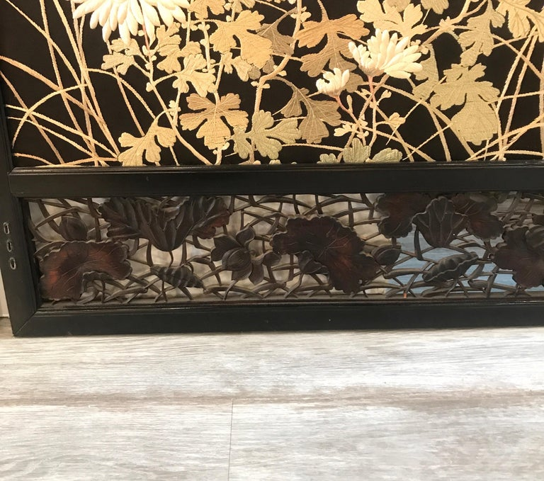 Magnificent Set of 4 Antique Japanese Silk Needlework Framed Panels, circa 1890 For Sale 10