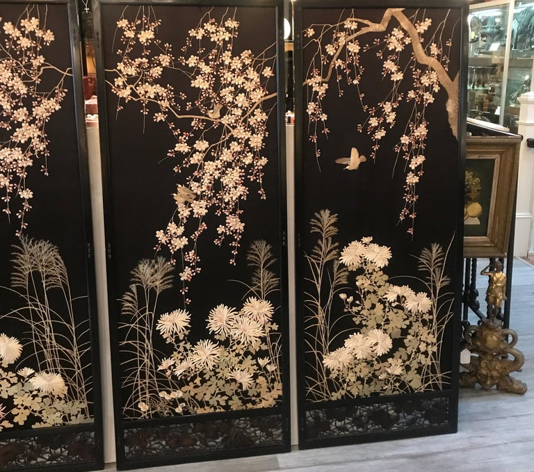 Magnificent Set of 4 Antique Japanese Silk Needlework Framed Panels, circa 1890 In Good Condition For Sale In Lambertville, NJ